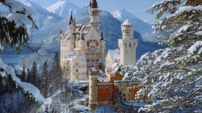 The Top 5 Castles/Forts in Europe