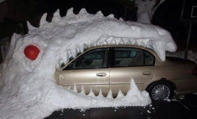 7 Hilariously Clever and Funny Snow Sculptures
