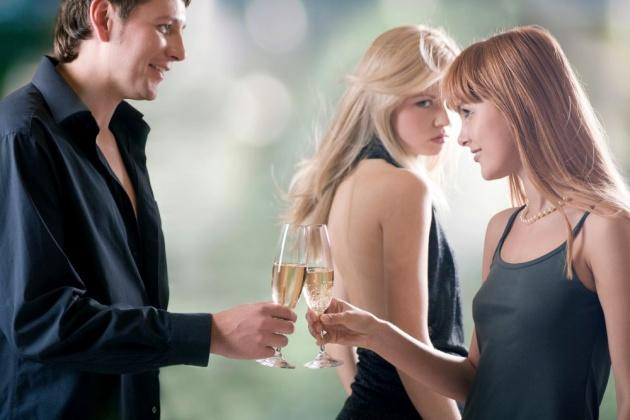 8 Signs He's Into You