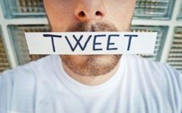 10 Things Guys Do On Social Media That Turns Off Girls