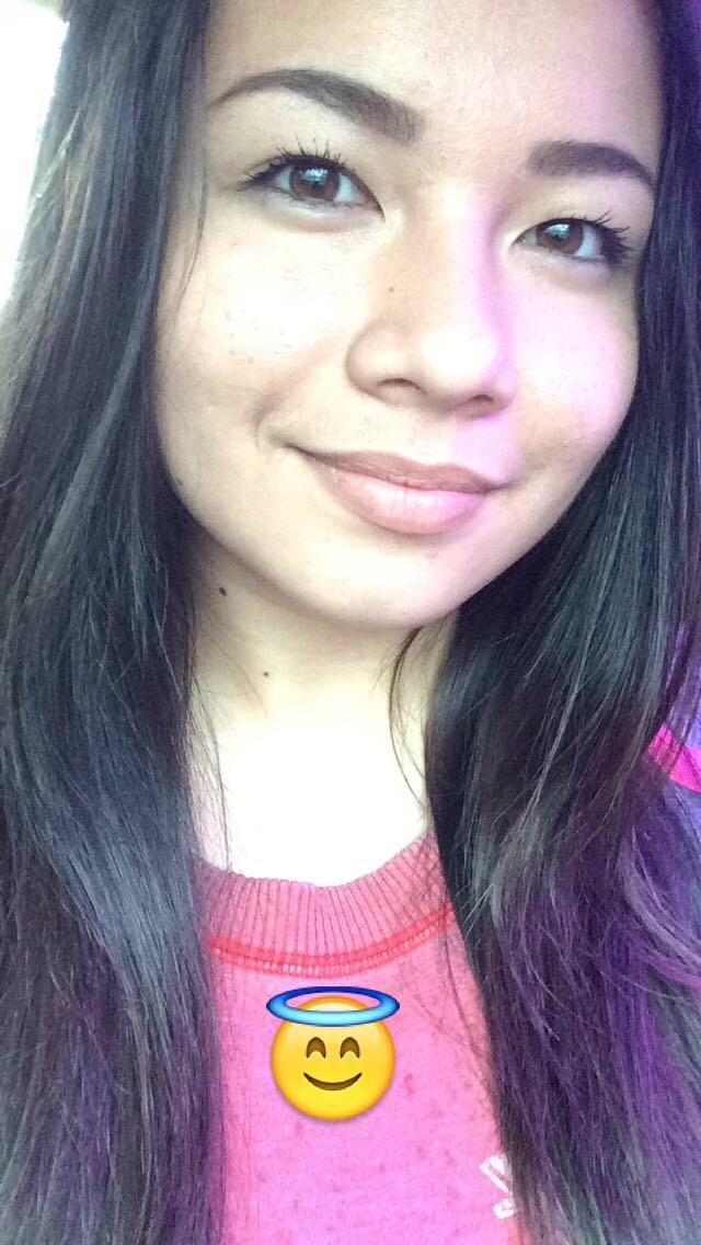 My best friends self esteem is very low. Please help me tell her she's beautiful??