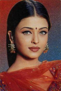 Is Aishwariya Rai gorgeous to you?