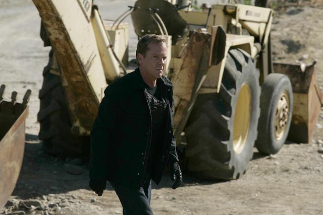 Girls, do you like Jack Bauer's face style?