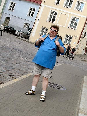 Girls, Would you date an attractive man with socks+flipflops?