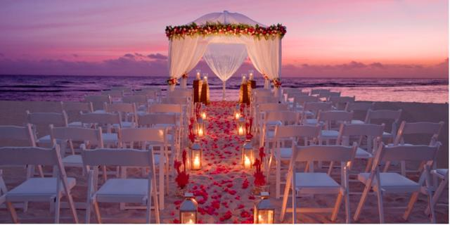 GUYS and GALS, I want to know what your dream wedding is (doesn't matter if you're already married or not-single, engaged, bf/gf or dating)?