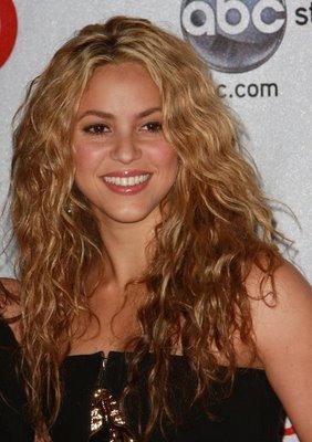 Guys do you like curly/wavy hair?