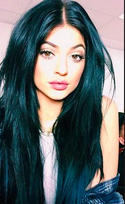 who is prettier kylie or kendall?
