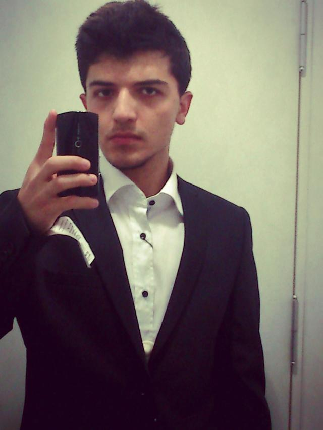 How do I look  with suit ?