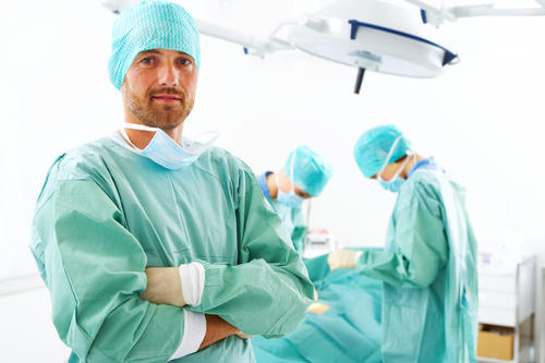 In this question, you are now a surgeon, whats the first thing you do?