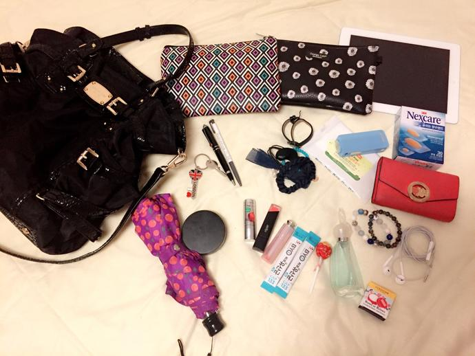 Women carry everything in their purse, do you agree(would you mind sharing picture of inside of your purse😛) ?