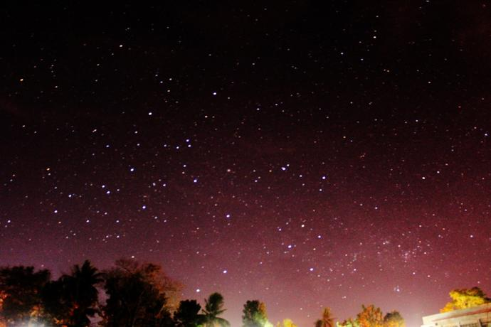 Are there lots of stars visible in the night sky from where you live?