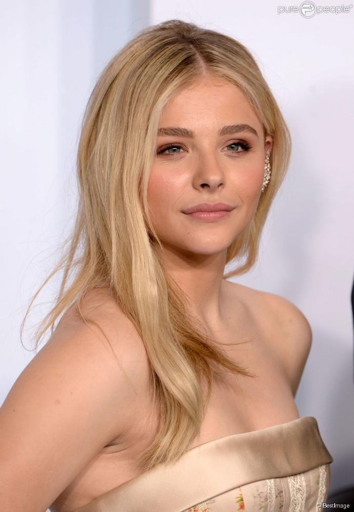 between selena gomez and chloe grace moretz, who do you think is prettier/sexier/overall more attractive?