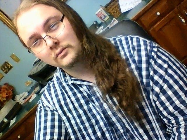 Girls, Do you like my hair? Or do you think I should dye it another color?