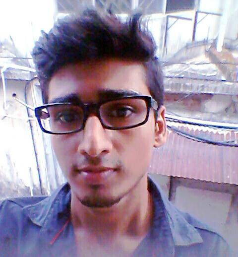Girls, how do I look.. should I change my hairstyle..?? Grow some facial hair...?