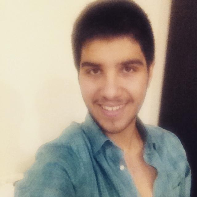 Girls, what do you think about my photos in the links? How would you rate my handsomeness from 1 to 10 :)?