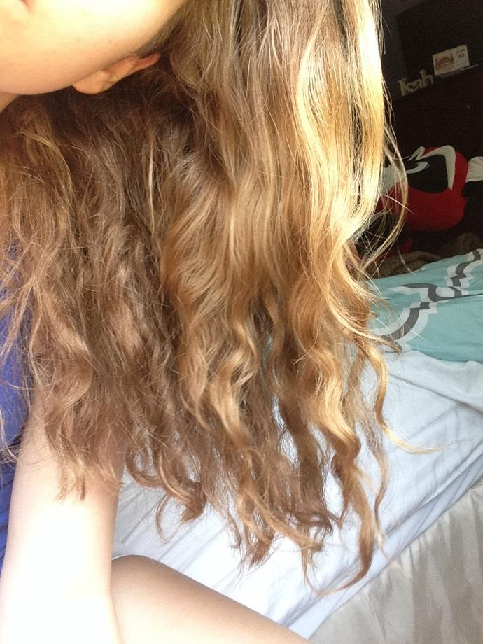 how curly is my hair. 1 being the least & 10 being the curliest?