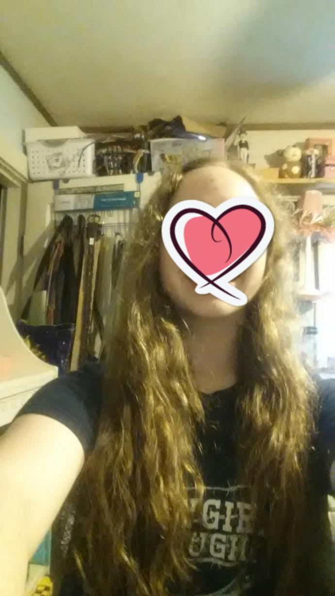 Girls, should I keep my hair the same length with a couple face framing pieces or long layers?