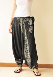 Guys, do you like those pants on girls?
