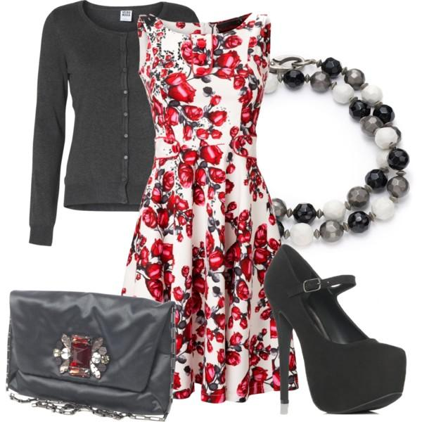 Guys, do you like girls in floral dresses of this style and cut?