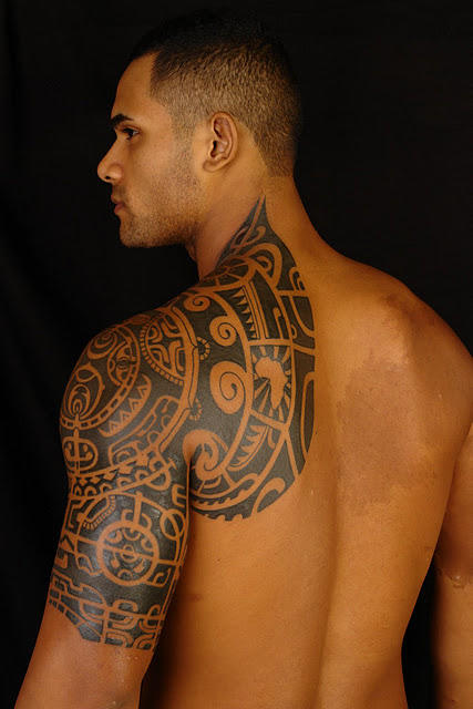 Girls,Do you like this type of tattoo on a guy ?