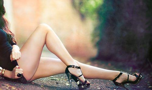 Are guys thinking about 'other stuff' when they stare at girls legs?
