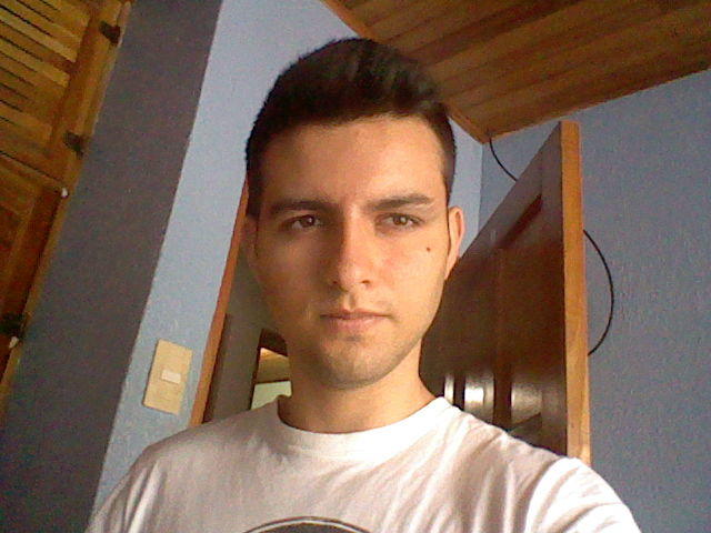 How much would you give from one to ten. I want to look in a dating page, but I´m not sure if I am handsome to have luck?