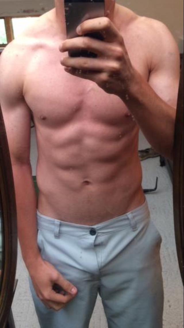 Girls, does my boyfriend have a nice body?
