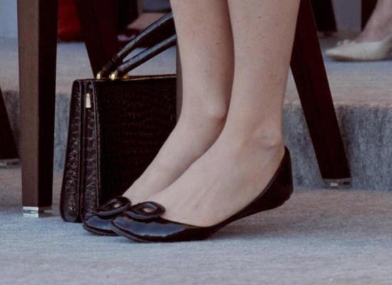 Do you like when women wear flats or heels more?