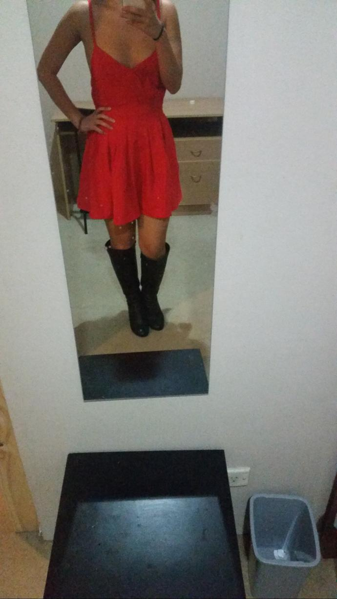 does this dress look better with heels or boots (pics)?
