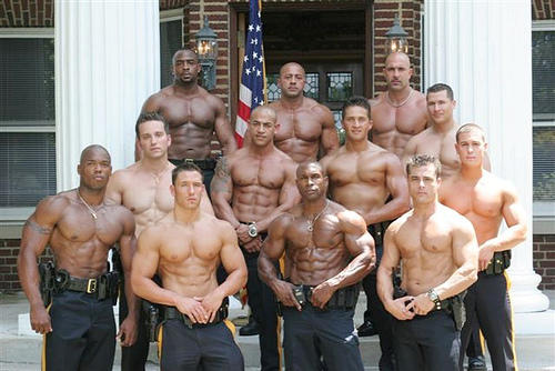 Which group of ripped men really really turns you on (Ignore the faces)?