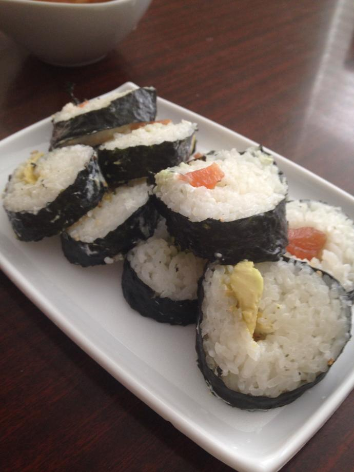Does this sushi look like something you might find at a restaurant?