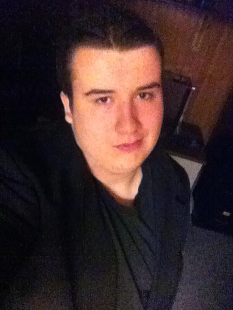 Girls, For a 19 year old dude who`s never had any confidence, how do I look (Honestly Please)?