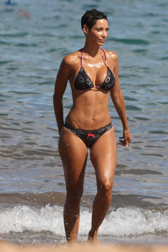 What Do You Think About Eddie Murphys Ex Wife Body