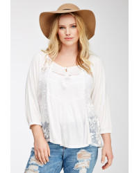 What to wear with a white peasant top?