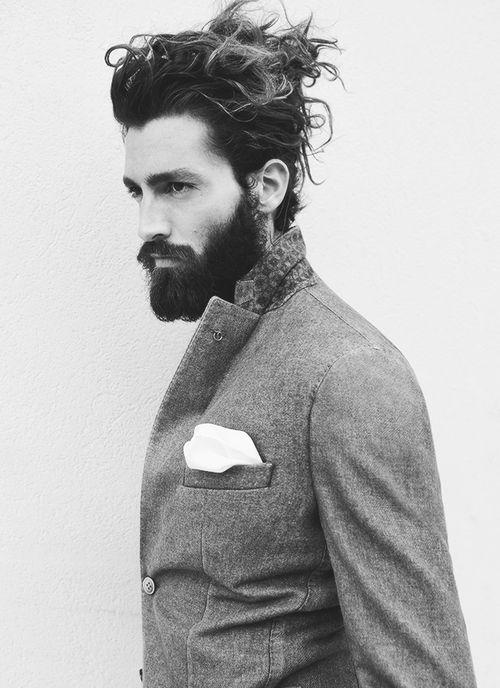 Girls & Guys, Post pics of what you think is the best looking/sexiest beard/mustache/facial hair?