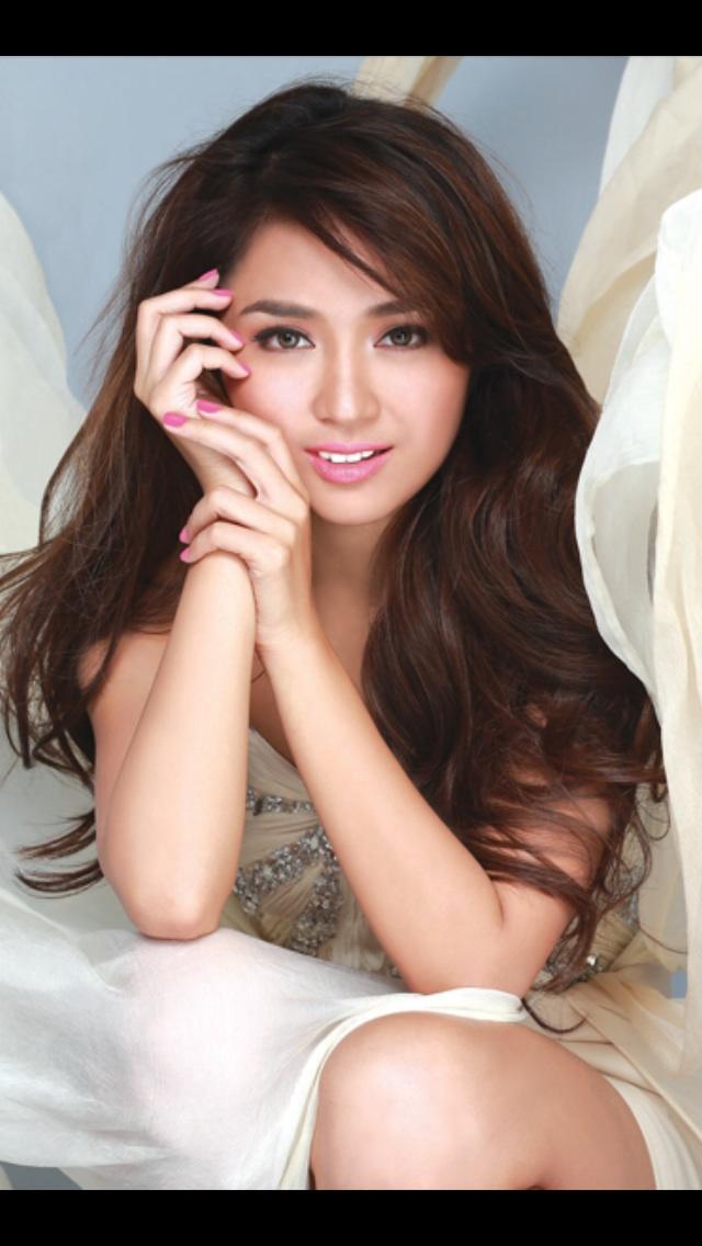 Kathryn Bernardo or Liza Soberano? Who is more beautiful?