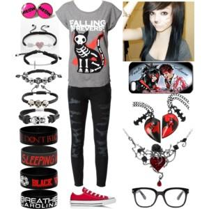 What do you this of my outfit? Yes its emo but what chu think?