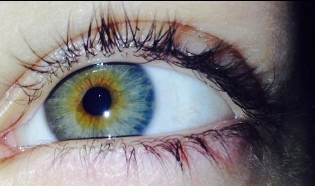Idk what color my eyes are? What color exactly?