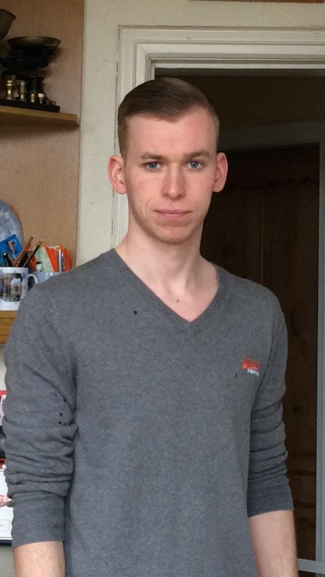 Am I good looking/average (new hair cut) ?