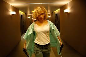 who agrees with me scarlett johansson attractive?
