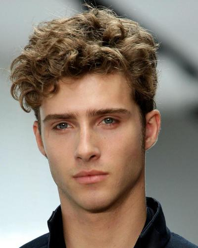 Girls What Do U Think Of Guys With Curly Black Hair And Green Eyes