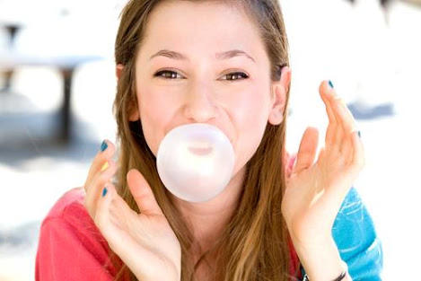 Can you blow bubbles with bubblegum?