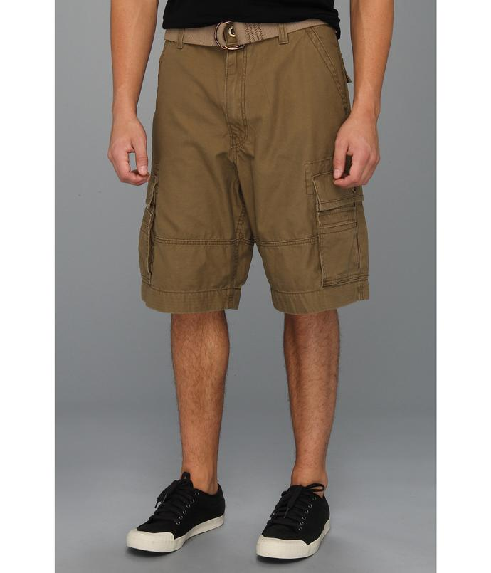 Ladies, what do you have against cargo shorts?