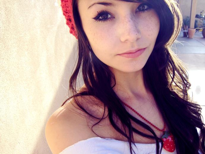 Opinions on Asian girls with freckles?