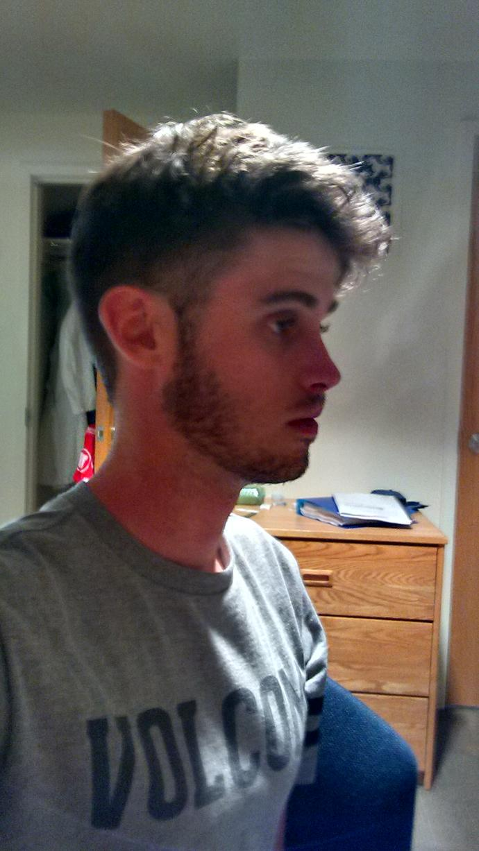 Girls, I need your opinions on my head size? plze be brutally honest?