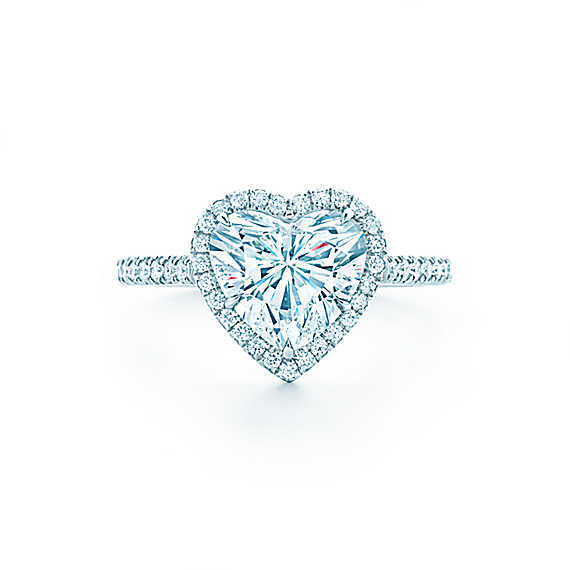 Which rings looks perfect for engagement and wedding?