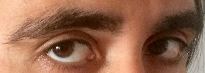 Girls, do I have good eyes?