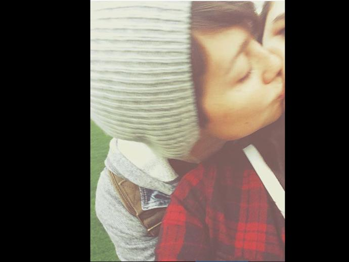 Just look at the face and body not taking into account they are kissing a girl, Is that a guy or girl?