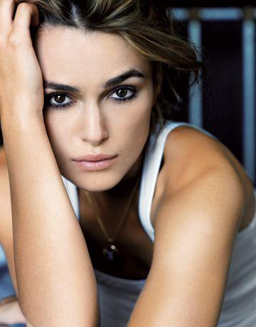 Do you think that Keira Knightly is Gorgeous or just overrated?