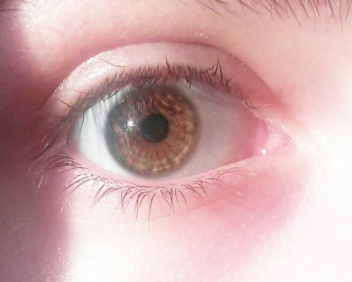 What colour of my eyes(light brown or amber)?